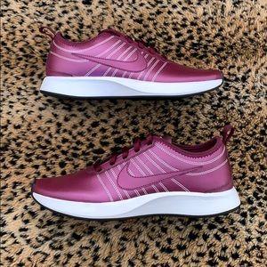 Wmns Nike Dualtone Racer 'Night Purple' Shoes